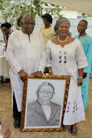 Rev & Mrs Ansre with gift protrait