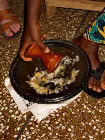 Grinding spices Ghana-style