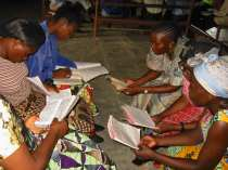 Congolese ladies in Bible study in Kisangani