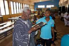 Reading the Bible in a language of northern Ghana